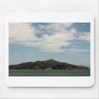 Insel über der Bucht Mousepads