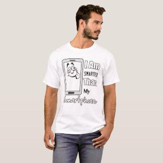 Intelligenter als Smartphone-Mann T-Shirt