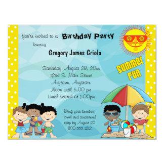 Invitation d'anniversaire d'amusement d'été
