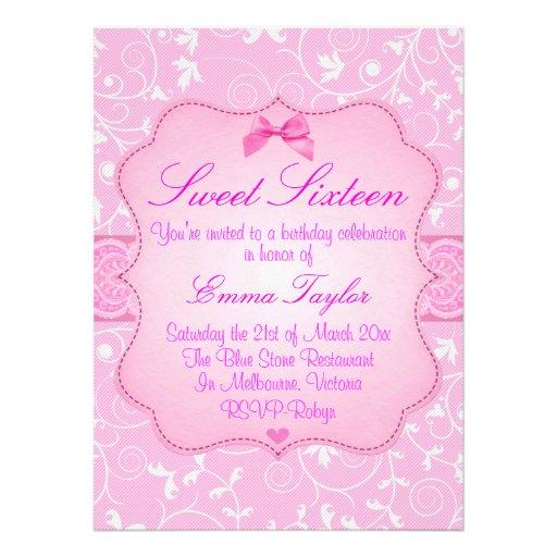 Invitation florale élégante d anniversaire du rose