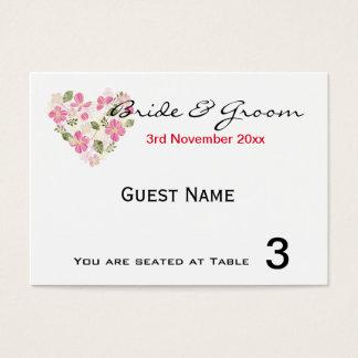 Invitations de Card d'endroit de coeur floral fait