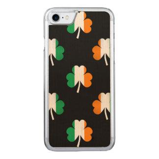 Irische Flagge-Grüne/weiße/orangefarbene Carved iPhone 7 Hülle