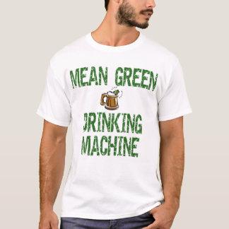 Irischer trinkender Maschinen-T - Shirt