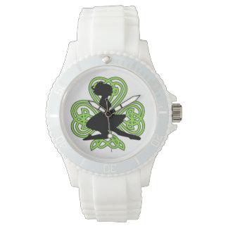 Irisches Tanzen-Kleeblatt-keltische Knoten-Uhr Armbanduhr