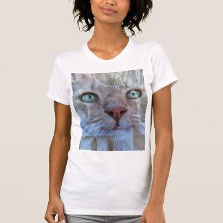 Ist hier Blick an Ihnen T-Shirt