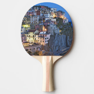 Italien, Manarola. Dämmerung fällt auf eine Tischtennis Schläger