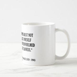 Jacqueline Kennedy nicht durch Traurigkeit Kaffeetasse