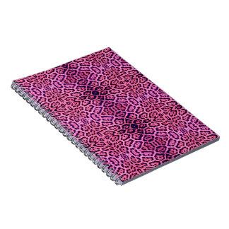 Jaguar-Pelz in rosa und in Lila Spiral Notizblock