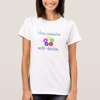 J'aime quelqu'un avec la pièce en t d'autisme t-shirt