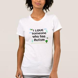 J'aime quelqu'un qui a le T-shirt d'autisme