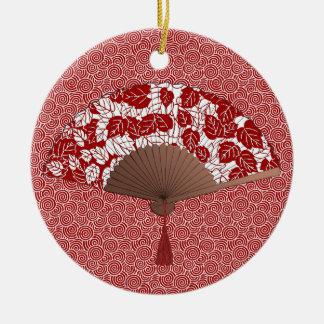 Japanischer Fan im Blatt-Druck, dunkelrot und weiß Keramik Ornament