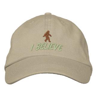 Je crois - Brown/piquer vert clair Casquettes Brodées
