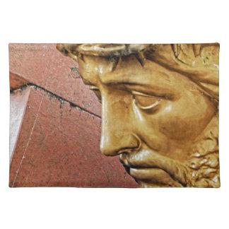 Jesus, der das Kreuz trägt Stofftischset