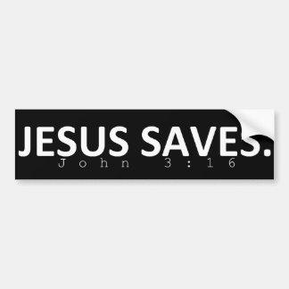 Jésus économise dans le noir autocollant de voiture