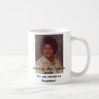 Jimmye Sue Goree, am 23. August 1937 - 21. Mai, Kaffeetasse