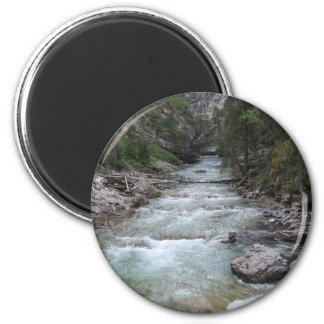Johnston-Schlucht-Schritt-Fälle Runder Magnet 5,1 Cm