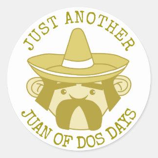Juan von DOS-Tagen Runder Aufkleber