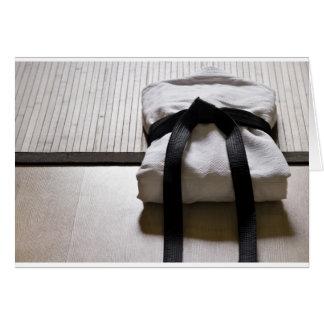 JudoGi auf Tatami Matte Karte