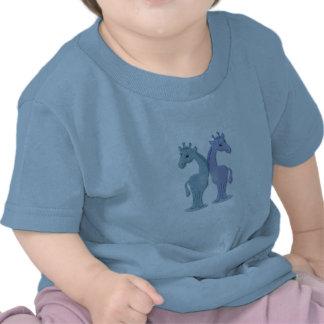 Jumeaux de girafe de garçon t-shirts