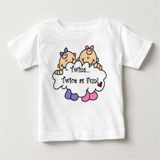 Jumeaux deux fois comme amusement t-shirt pour bébé