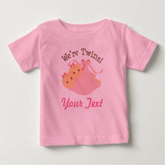 Jumelles personnalisées de fille t-shirt pour bébé