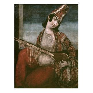 Junge Frau, die eine Gitarre spielt Postkarte