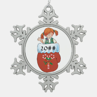 Juniorhandschuh-Rot-Haar Schneeflocken Zinn-Ornament
