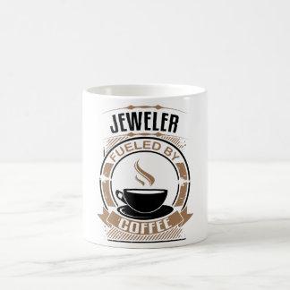 Juwelier getankt durch Kaffee Kaffeetasse