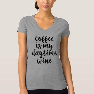Kaffee ist mein Tageswein-Shirt T-Shirt