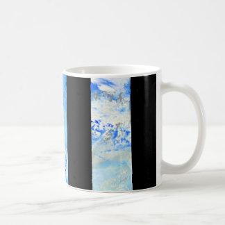 Kaffee-Tasse der schwarzen und blauen Streifen Tasse