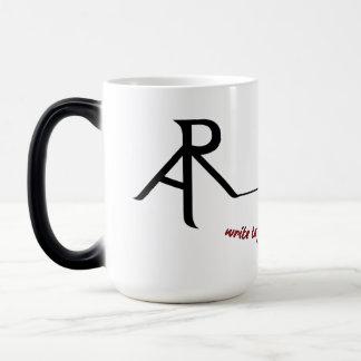 Kaffee-Tasse des schiefwinkligen Logos der Verwandlungstasse