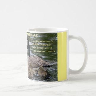 Kaffee-Tasse mit Familie der Gänse - Gehorsam Kaffeetasse