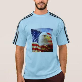 Kahler Adler und das amerikanische Flagge T-Shirt