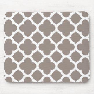 Kakifarbiges Quatrefoil Gitter-Muster Mousepad