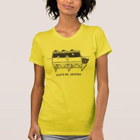Kaktus-Anschlagtafel auf Weg 66 in Arizona T-Shirt
