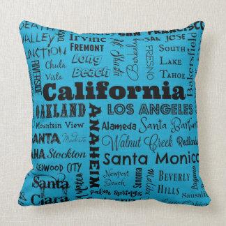 Kalifornien-Stadttypographiekissen im Blau/im Kissen