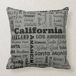 Kalifornien-Stadttypographiekissen im Grau/im Kissen