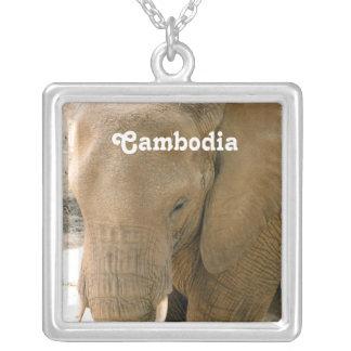 Kambodschanischer Elefant Versilberte Kette