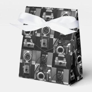 Kamera-Collage im B&W Zelt-Bevorzugungs-Kasten Geschenkschachtel