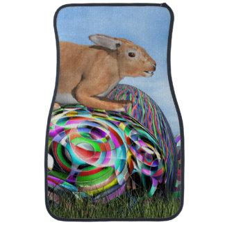 Kaninchen auf seinem bunten Ei für Ostern - 3D Automatte