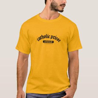 Katholischer Priester - verbessert T-Shirt