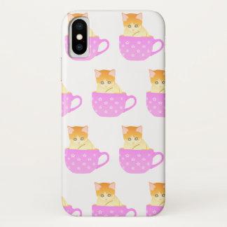 Katze in einer Schale iPhone X Hülle