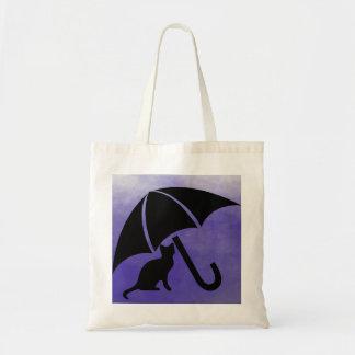 Katze unter Regenschirm Budget Stoffbeutel