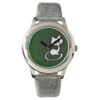 Katze zeichnen auf grünem Hintergrund Uhr