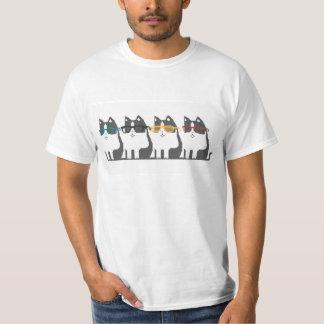 Katzen in der Glas-Reihen-Pixel-Kunst T-Shirt