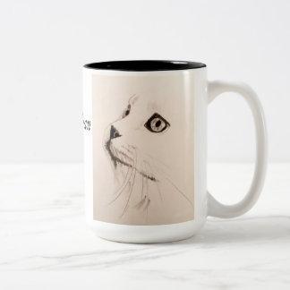 Katzen-Skizze-Kaffee-Tasse mit Dickens Zitat Zweifarbige Tasse