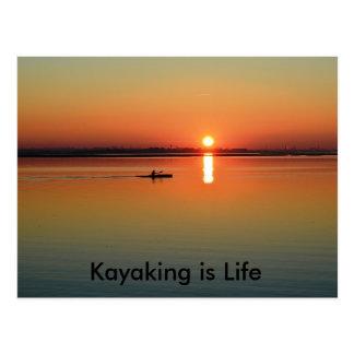 Kayaking Segeln-Fischen - Canoeing das Leben Postkarte