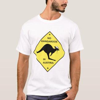 Keine Kängurus in Österreich! T-Shirt