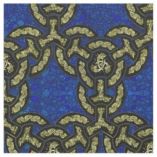 Keltische Drache-Kette in dunkelblauem Stoff