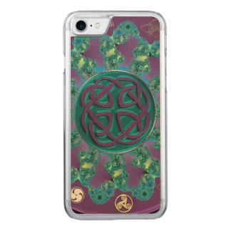 Keltischer FraktalMandala Carved iPhone 8/7 Hülle